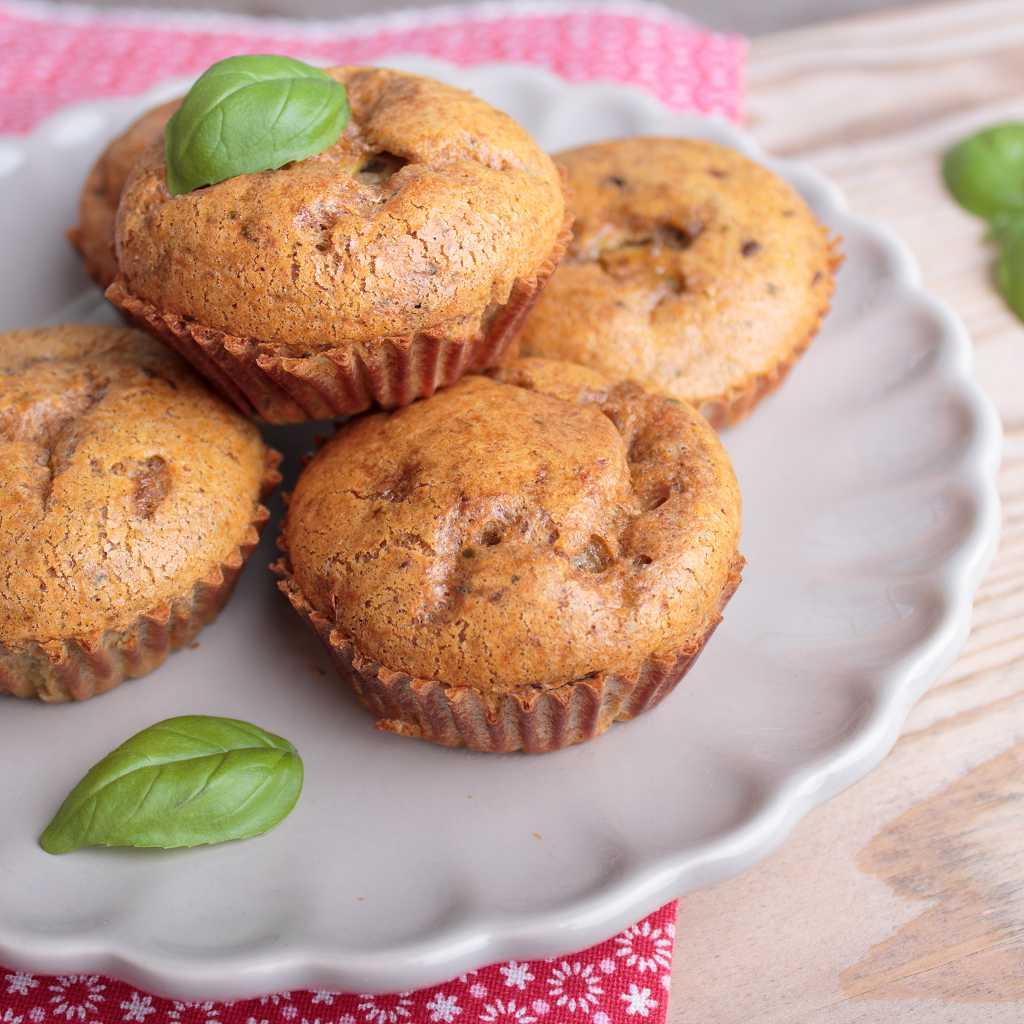 low carb spargel muffins k stlich zum fr hst ck oder unterwegs. Black Bedroom Furniture Sets. Home Design Ideas
