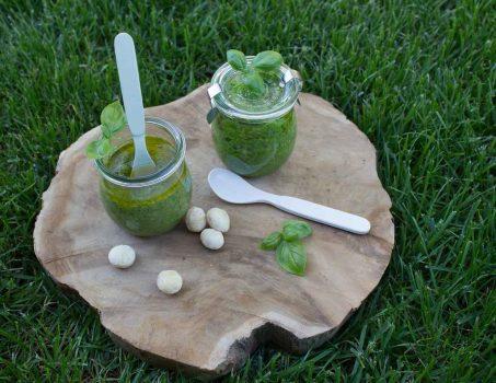 2 Sorten Basilikum-Pesto