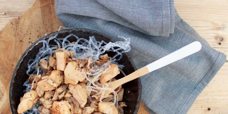 Low Carb Spaghetti mit Hähnchen