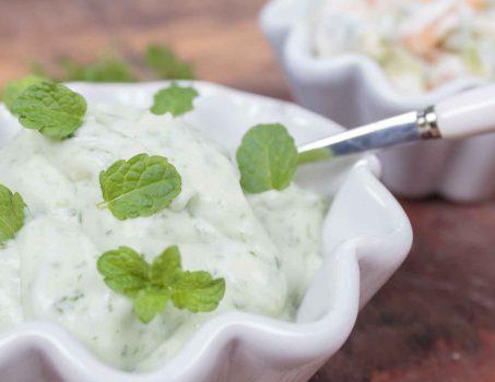Joghurt-Dip mal zwei