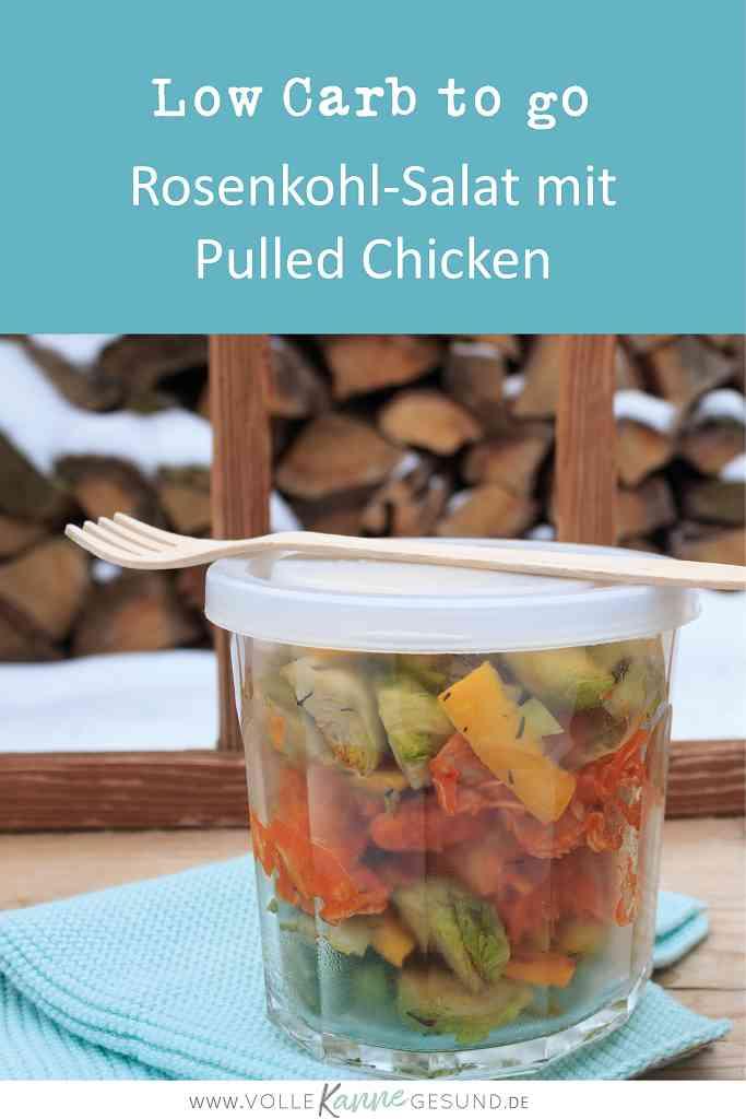 Rosenkohle-Salat in einem Glas zum Mitnehmen