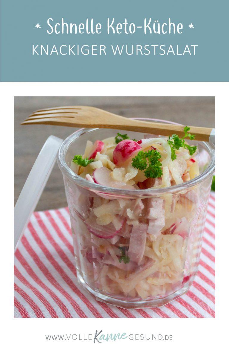 Schnelle Ketokueche: Knackiger Wurstsalat